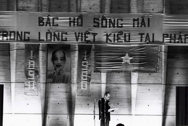 Góc nhìn người Việt Nam ở Pháp qua 100 bức ảnh - ảnh 2