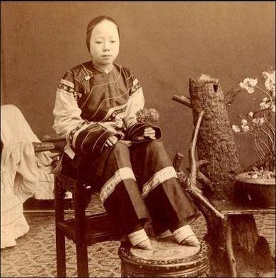 Tập tục bó chân của phụ nữ Trung Quốc xưa - ảnh 3
