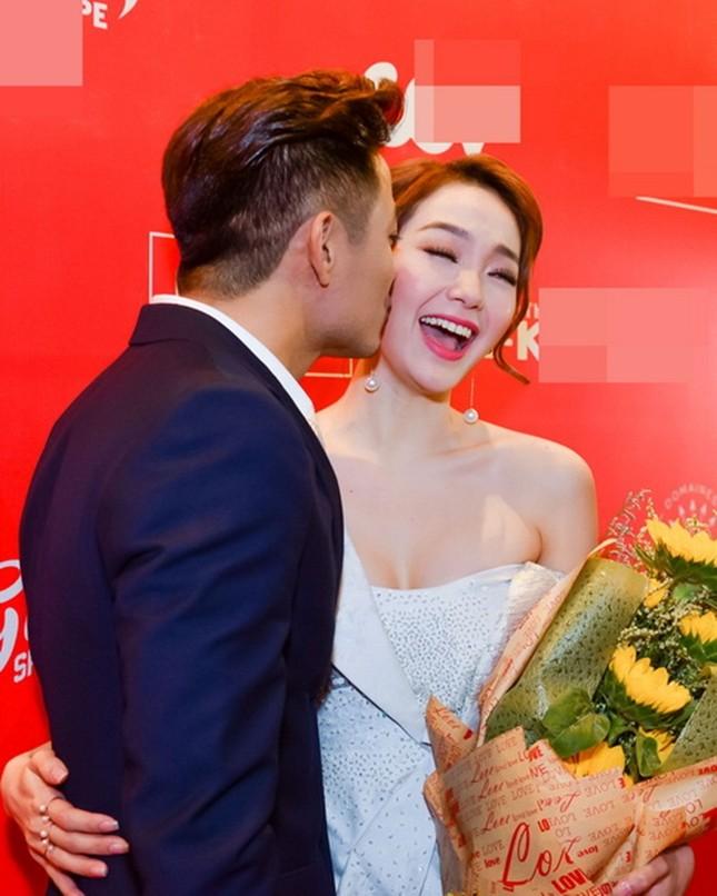 Ngộp thở với clip 'Bao giờ có yêu nhau' của Quý Bình - Minh Hằng - ảnh 8