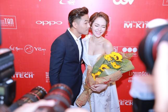Ngộp thở với clip 'Bao giờ có yêu nhau' của Quý Bình - Minh Hằng - ảnh 7