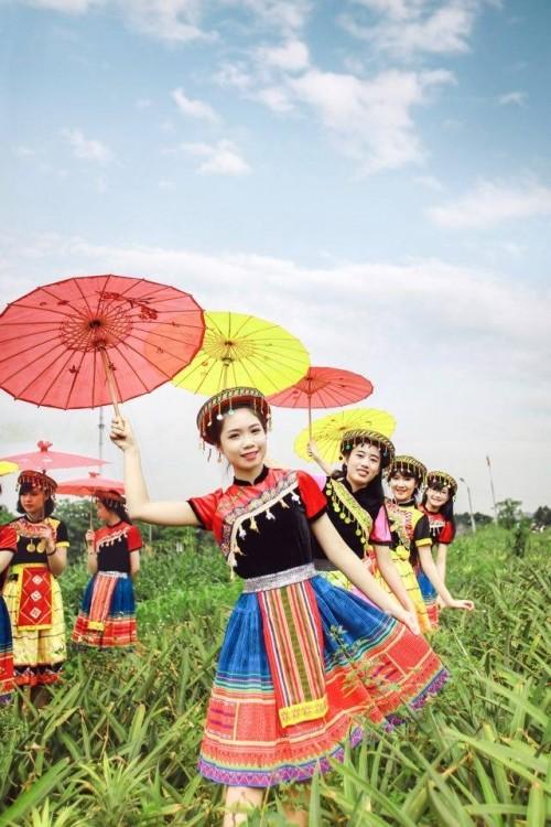 Bộ ảnh kỷ yếu 'độc nhất vịnh Bắc Bộ' của học sinh Ninh Bình - ảnh 7