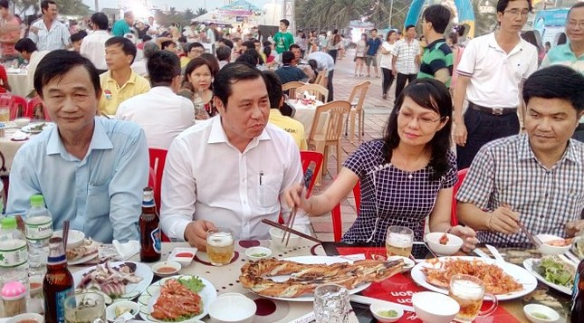 Tuần lễ ẩm thực biển Đà Nẵng 'cứu nguy' ngư dân - ảnh 1
