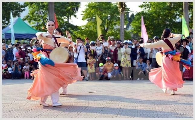 Hơn 2.200 nghệ sỹ trong và ngoài nước trình diễn tại Festival Huế - ảnh 1