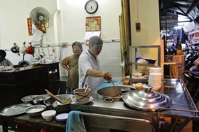 8 địa chỉ ăn uống lâu năm 'thử là ghiền' ở Sài Gòn - ảnh 1