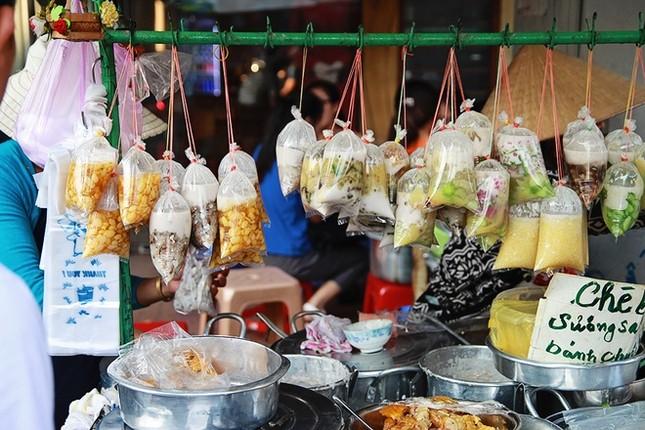 8 địa chỉ ăn uống lâu năm 'thử là ghiền' ở Sài Gòn - ảnh 6