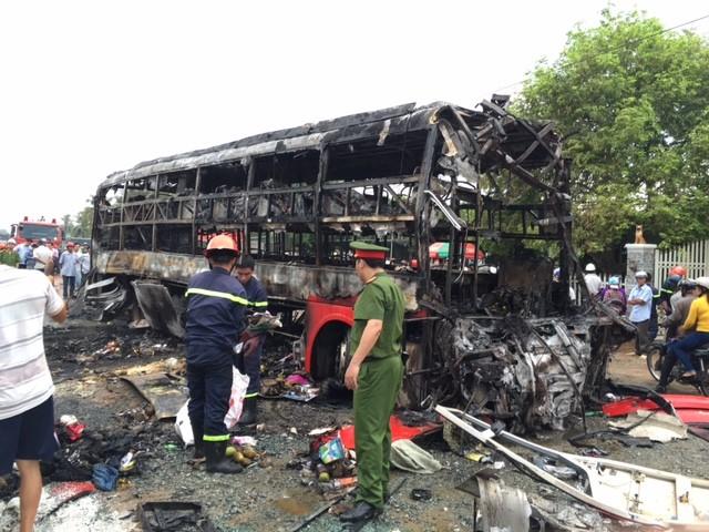 Xe giường nằm bốc cháy: 12 người chết, 45 bị thương - ảnh 5