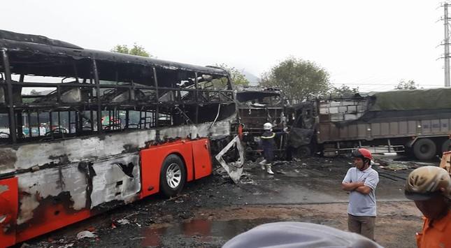 Xe giường nằm bốc cháy: 12 người chết, 45 bị thương - ảnh 3