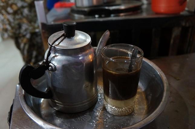 Ba quán cà phê 50 năm tuổi tại Sài Gòn - ảnh 2