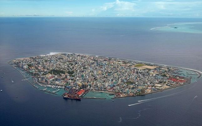 Những hòn đảo chật chội nhất thế giới - ảnh 1