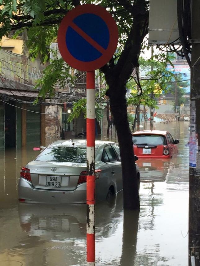 11 điều cần làm ngay khi ô tô bị ngập nước  - ảnh 2