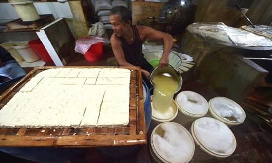 Indonesia sản xuất khí đốt nấu ăn từ đậu phụ - ảnh 1