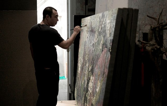 Thử nghiệm chất liệu sơn mài, họa sỹ  - ảnh 1