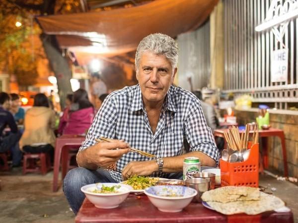 Đầu bếp ăn bún chả cùng Obama: 'Tôi đổi đời vì đến Việt Nam' - ảnh 1