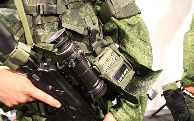 Siêu quân phục Nga 'chấp' súng lục bắn ở cư li 10m - ảnh 4