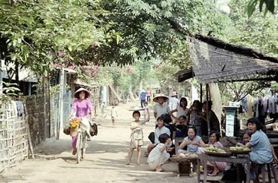 Việt Nam hơn 30 năm trước qua ống kính nhiếp ảnh gia Pháp - ảnh 11