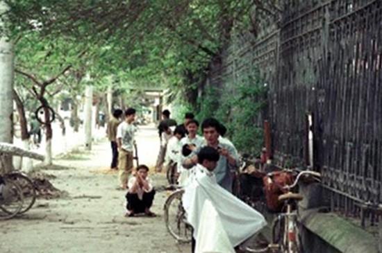 Việt Nam hơn 30 năm trước qua ống kính nhiếp ảnh gia Pháp - ảnh 5