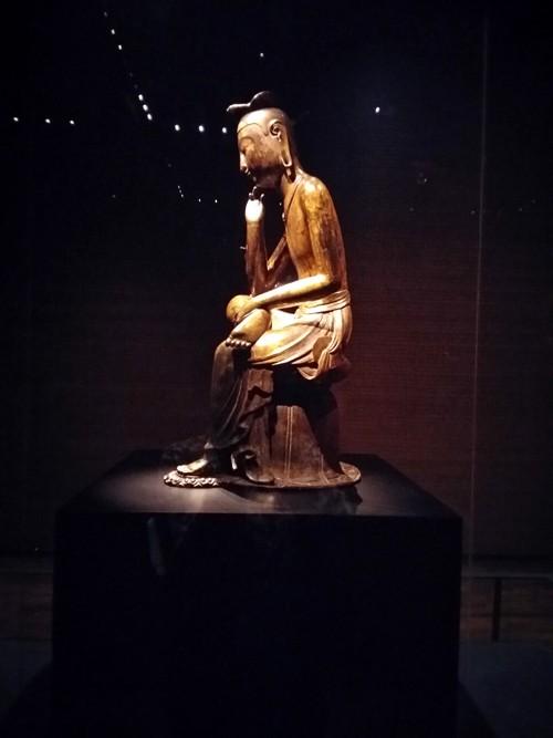 Tượng Phật lạ 1400 tuổi và vương miện vàng ròng 1kg - ảnh 5