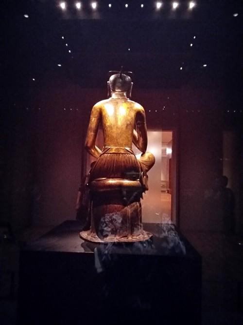 Tượng Phật lạ 1400 tuổi và vương miện vàng ròng 1kg - ảnh 6