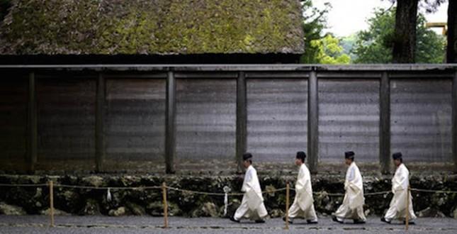 Đền thờ linh thiêng nhất Nhật Bản 20 năm xây lại một lần - ảnh 3