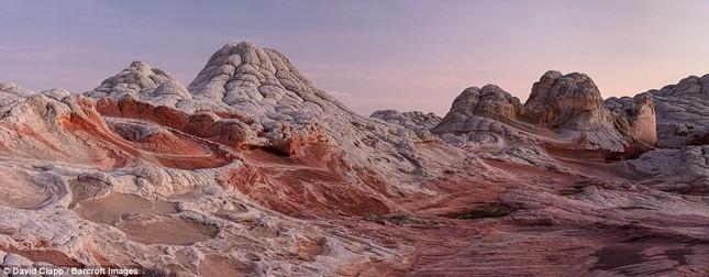Những vẻ đẹp kỳ lạ trên sa mạc nước Mỹ - ảnh 9