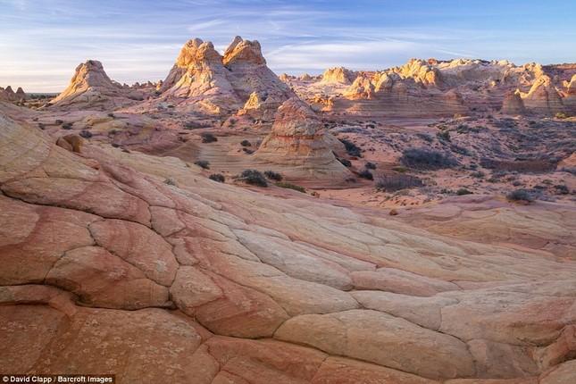 Những vẻ đẹp kỳ lạ trên sa mạc nước Mỹ - ảnh 11
