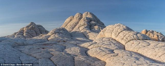 Những vẻ đẹp kỳ lạ trên sa mạc nước Mỹ - ảnh 10