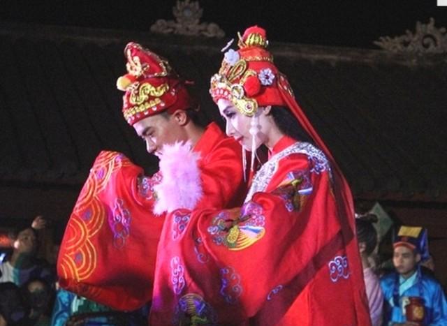 Đám cưới công chúa triều Nguyễn làm nóng 'đêm Hoàng Cung' - ảnh 7