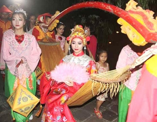 Đám cưới công chúa triều Nguyễn làm nóng 'đêm Hoàng Cung' - ảnh 8