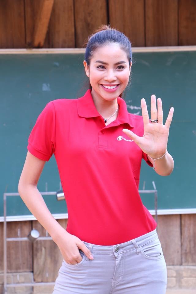 Phạm Hương dạy tiếng Việt cho trẻ em dân tộc ở Điện Biên - ảnh 7