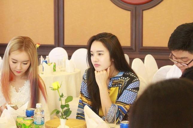 Thiếu nữ Hàn Quốc xinh đẹp 'gây sốt' trong Festival Huế là ai? - ảnh 3