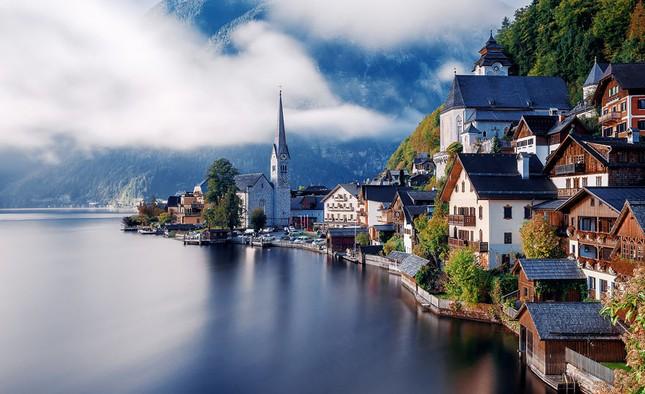 15 ngôi làng tuyệt đẹp bạn nên đến thăm một lần trong đời - ảnh 8