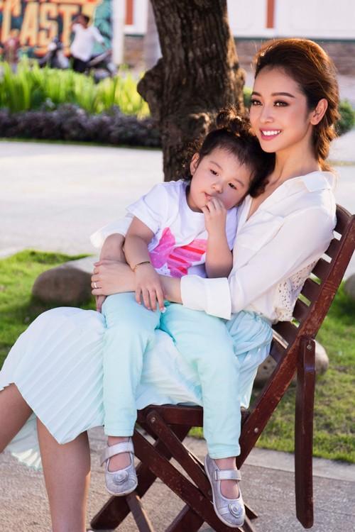 Jennifer Phạm giúp con gái 3 tuổi kiếm tiền tỷ ngoạn mục - ảnh 8