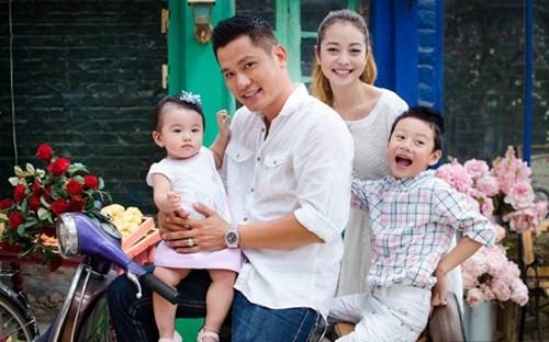 Quang Dũng chăm bẵm con trai mặc 'vợ cũ' Jennifer Phạm thất hứa - ảnh 2