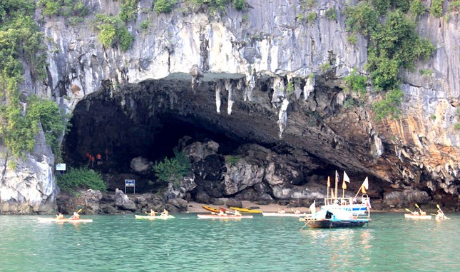 6 hang động 'hút hồn' khách du lịch ở Quảng Ninh - ảnh 2