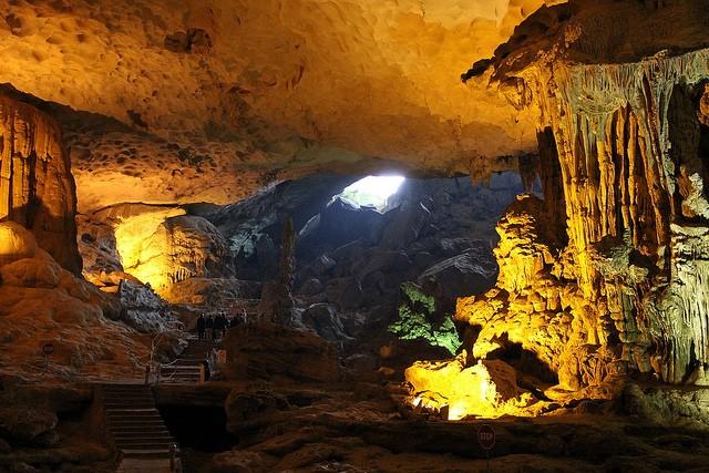 6 hang động 'hút hồn' khách du lịch ở Quảng Ninh - ảnh 4