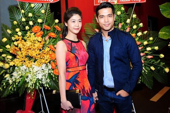Trương Thế Vinh bí mật kết hôn bạn gái cơ trưởng Vietnam Airlines - ảnh 1