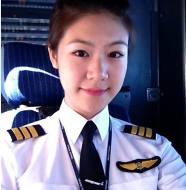 Trương Thế Vinh bí mật kết hôn bạn gái cơ trưởng Vietnam Airlines - ảnh 5