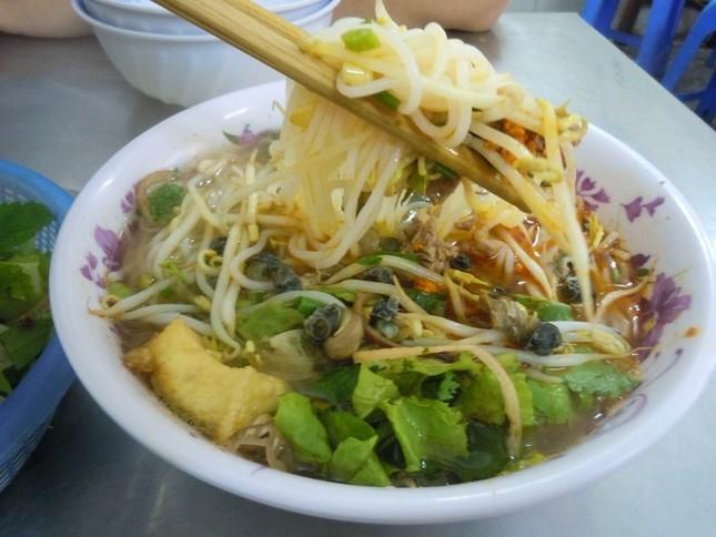 10 món đường phố 'phải ăn' ở Hà Nội - ảnh 1