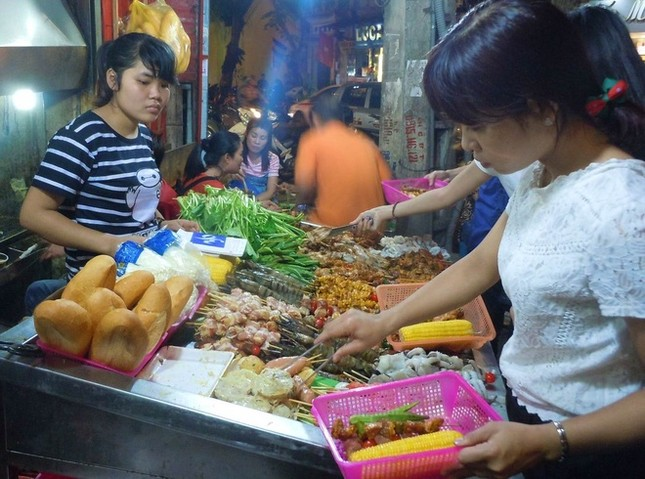10 món đường phố 'phải ăn' ở Hà Nội - ảnh 3