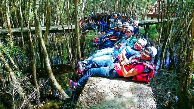 Khám phá rừng tràm bí ẩn tại làng nổi Tân Lập - ảnh 13