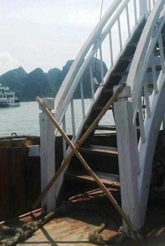 Du khách bức xúc vì không được ngắm vịnh Hạ Long trên boong tàu - ảnh 2