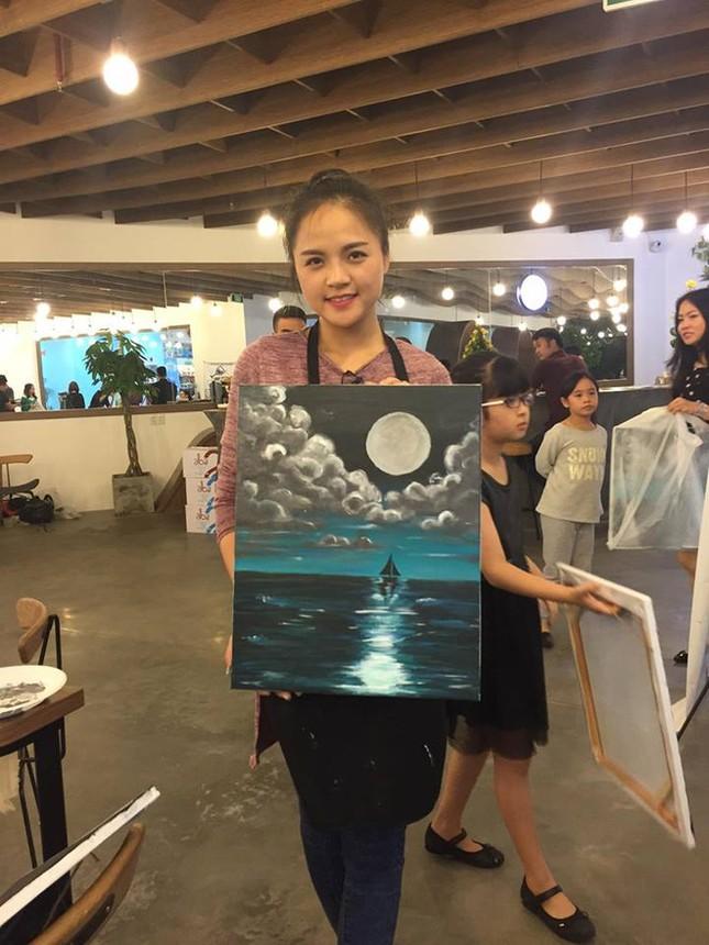 Cuộc sống của Thu Quỳnh sau chuyện ly hôn ồn ào với Chí Nhân - ảnh 10