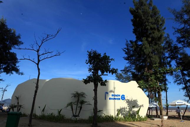 Biển Sầm Sơn đặc khách hàng cây số - ảnh 8