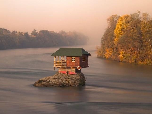 Những ngôi nhà đơn độc trên thế giới - ảnh 5