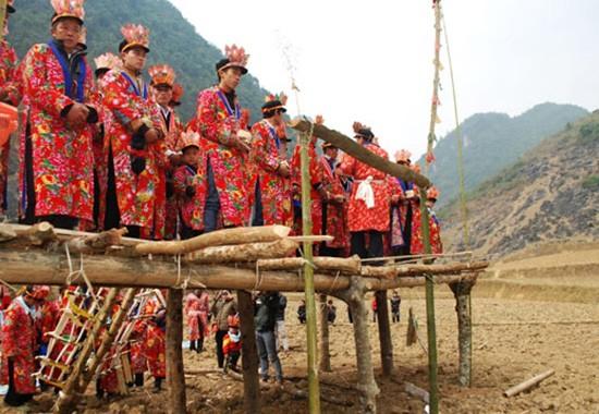 Hai nghi lễ quan trọng của người Dao - ảnh 1
