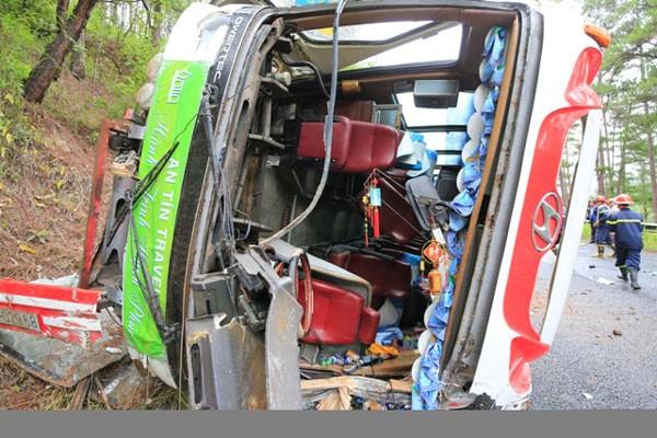 Tai nạn xe khách tại đèo Prenn, 7 người tử nạn - ảnh 3
