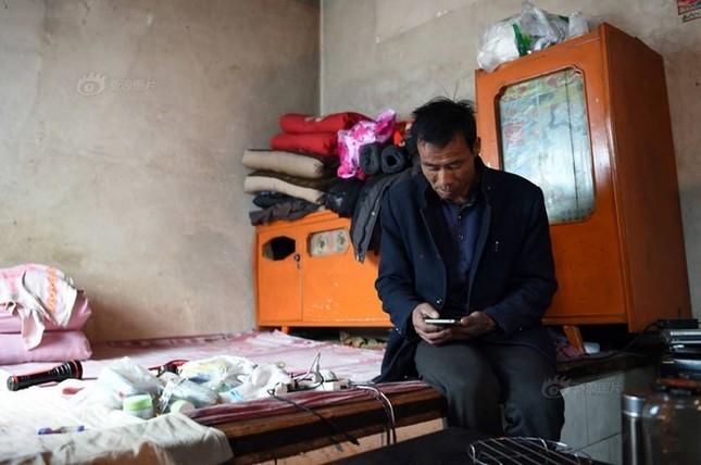 Người đàn ông một mình sống giữa làng ma ở Trung Quốc - ảnh 6