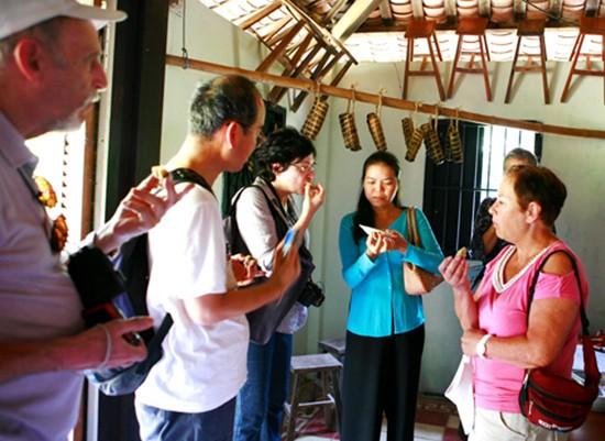 Việt Nam đón 4,7 triệu lượt khách quốc tế trong nửa năm - ảnh 1