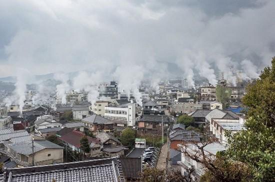 Thành phố có 8 'địa ngục' ở Nhật Bản - ảnh 1