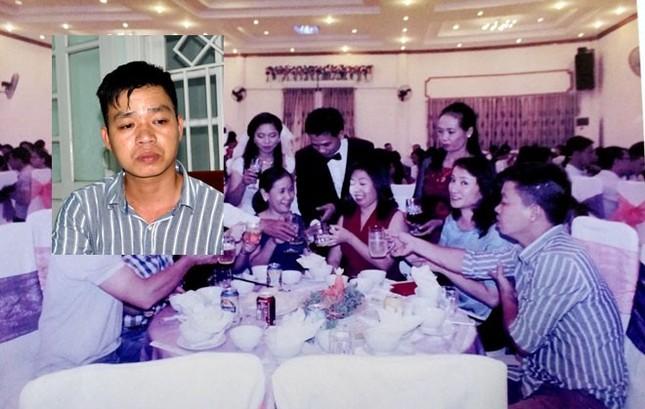 Tấm ảnh cưới tố vị khách không mời là kẻ chuyên ăn trộm - ảnh 1